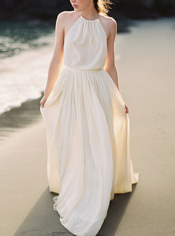 R-modern-simple-white-wedding-dress