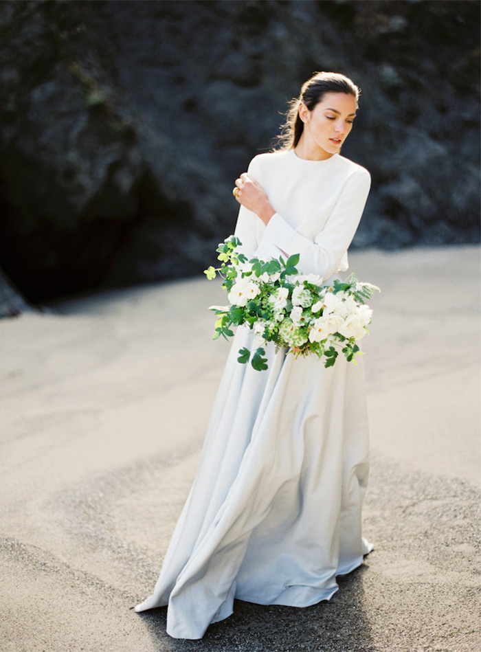 Modern Seaside Wedding Inspiration | Wedding Ideas | OnceWed.com