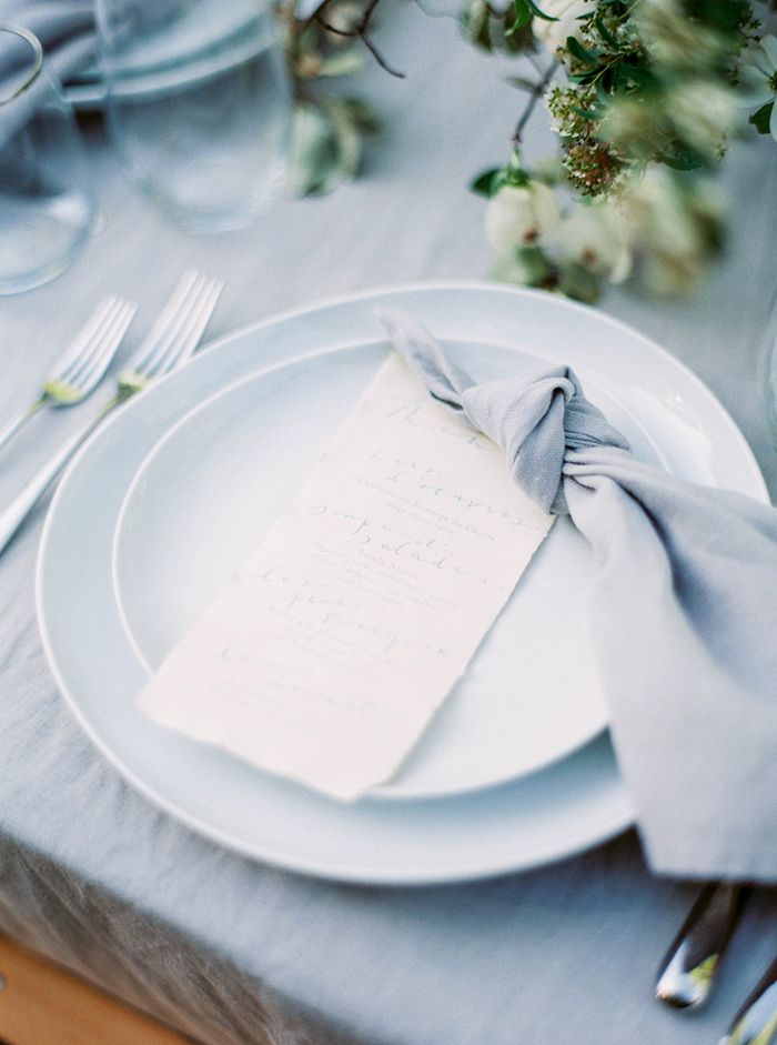 15-simple-modern-blue-white-green-wedding