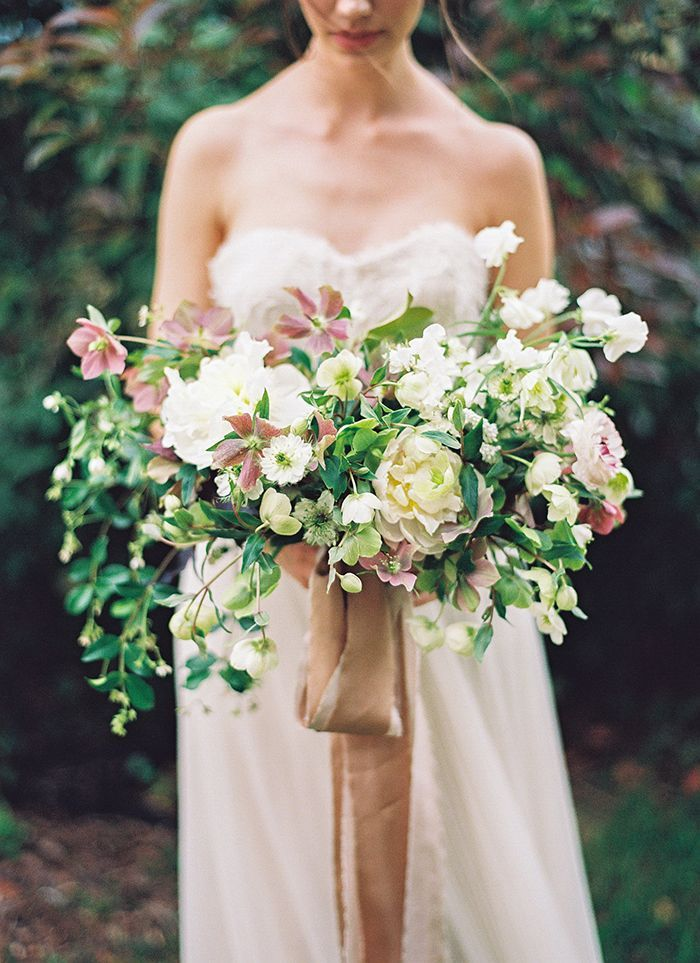 15-soft-spring-wedding-inspiration