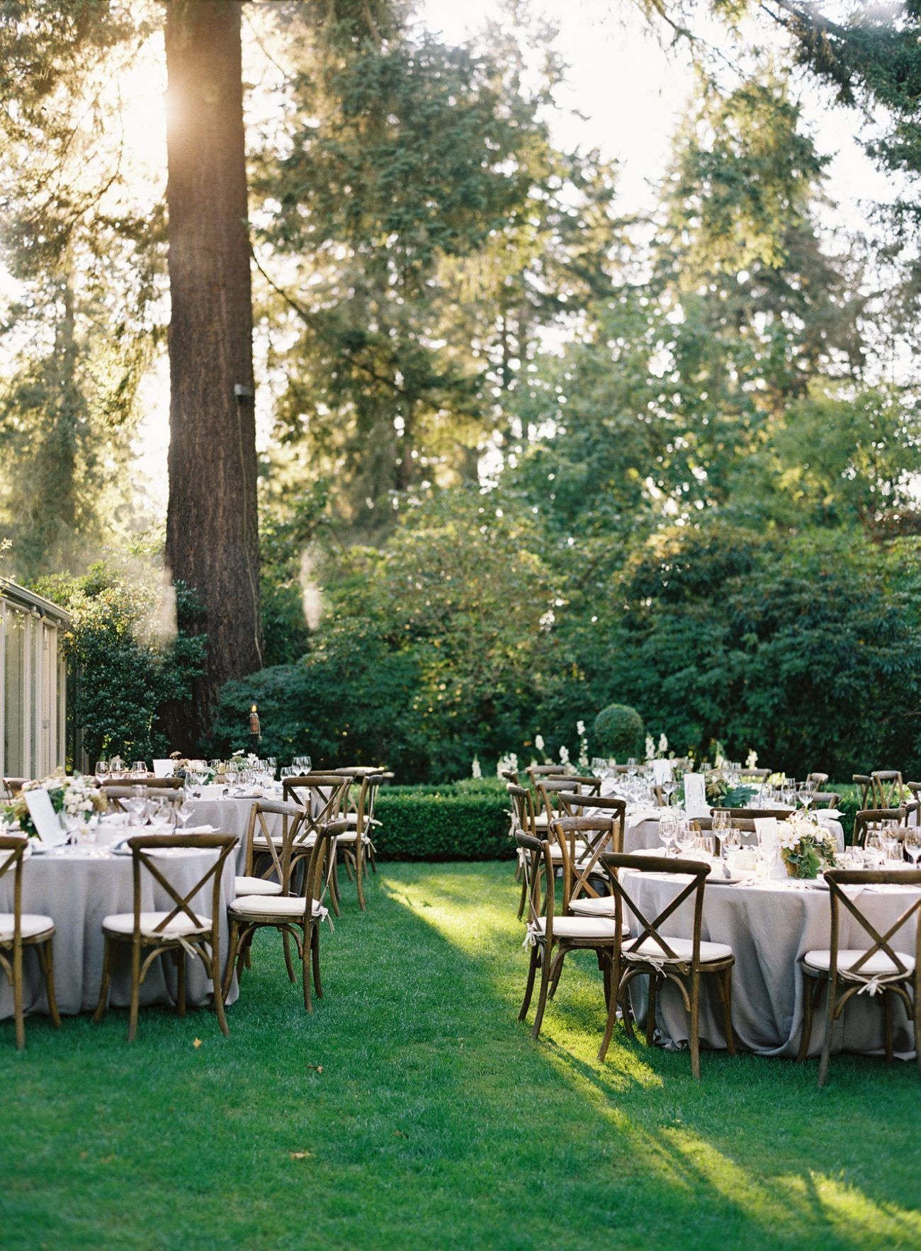 Elegant garden wedding reception real weddings for Outdoor wedding reception ideas