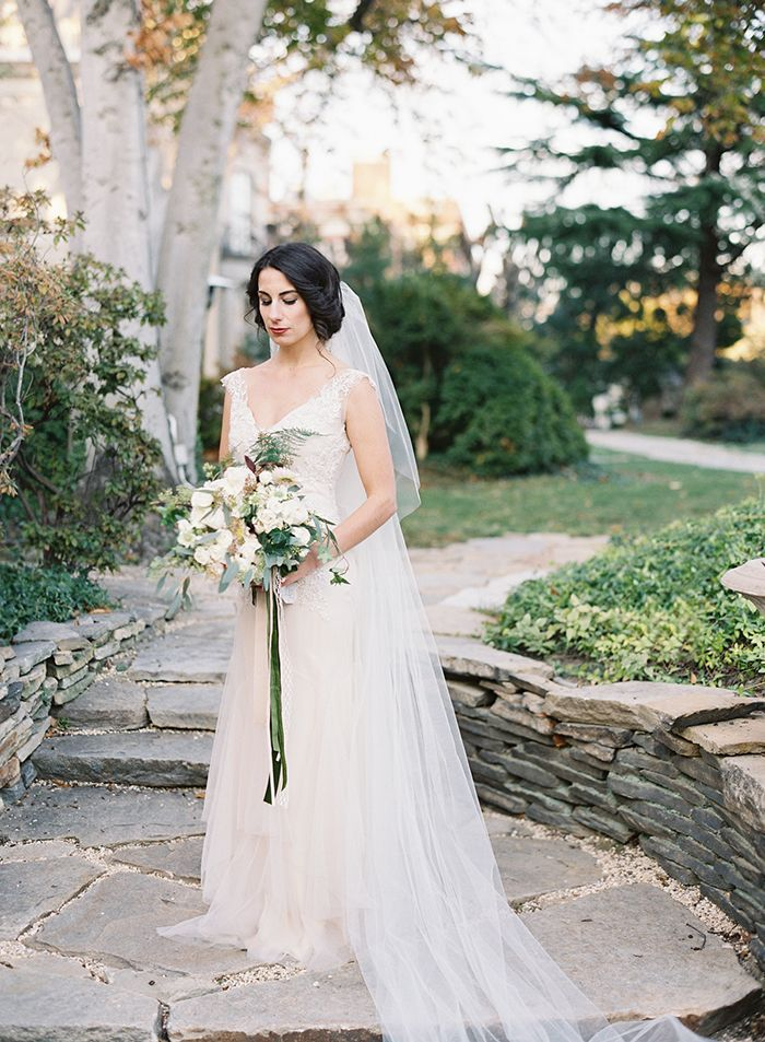4-vicki-grafton-elegant-garden-wedding