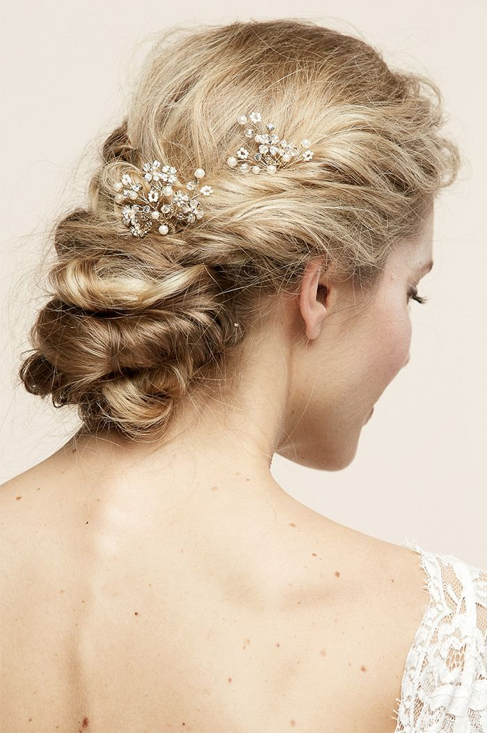 7-delicate-bridal-hair-piece