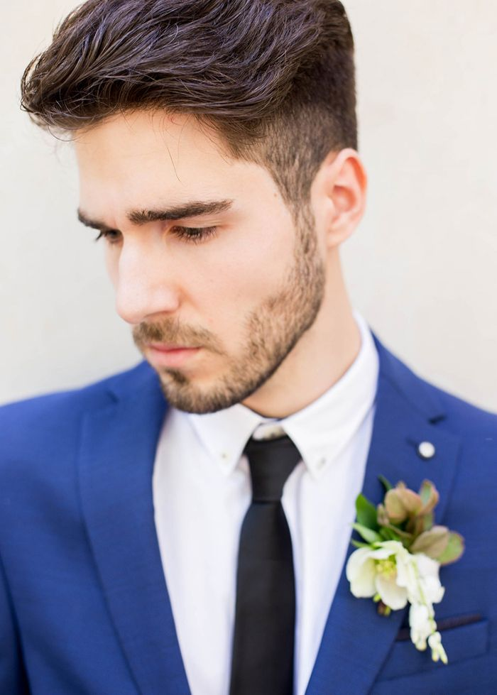 8-modern-blue-white-green-wedding