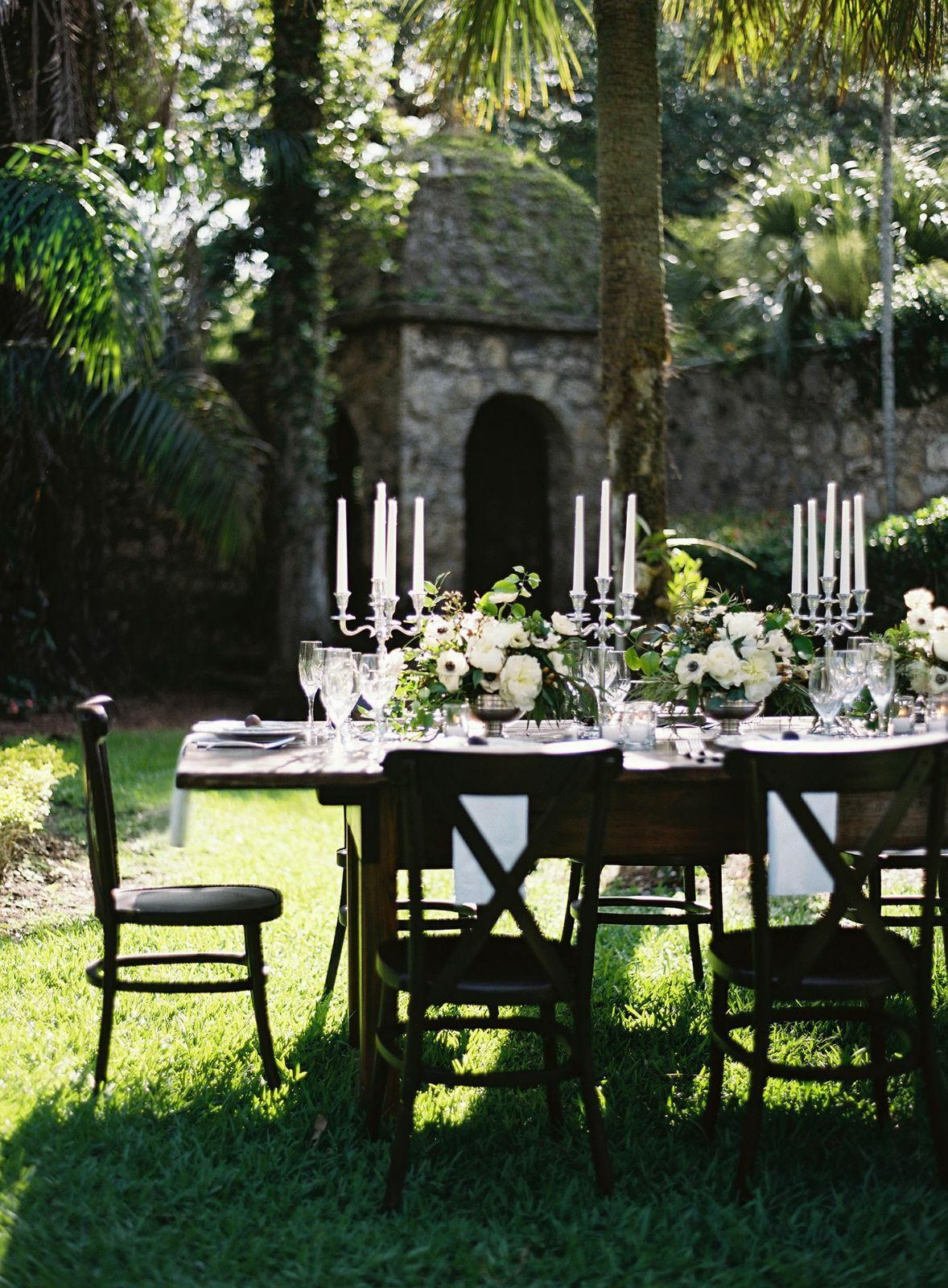 Spanish Affair: Natural, romantic, majestic and Spaniard architecture inspired.
