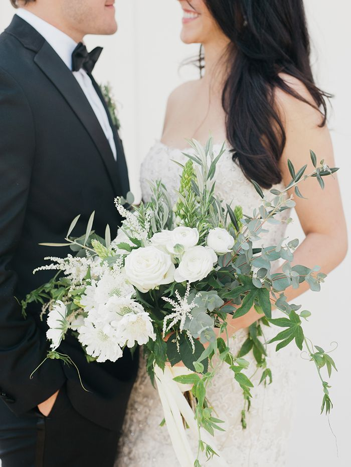 1-white-green-elegant-wedding
