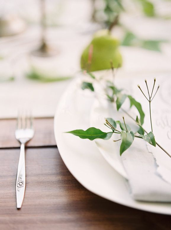 10-white-green-summer-wedding-ideas