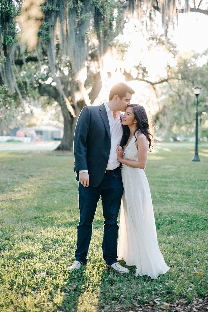 Laidback New Orleans Engagement Session | Real Weddings | Oncewed.com