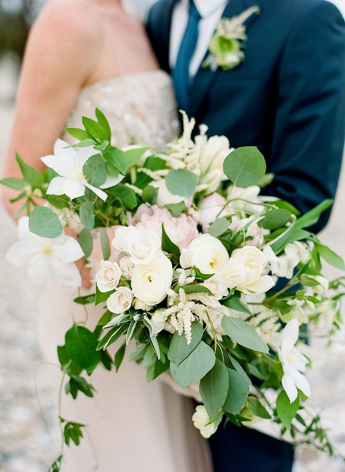 14-green-white-navy-peach-wedding-inspiration
