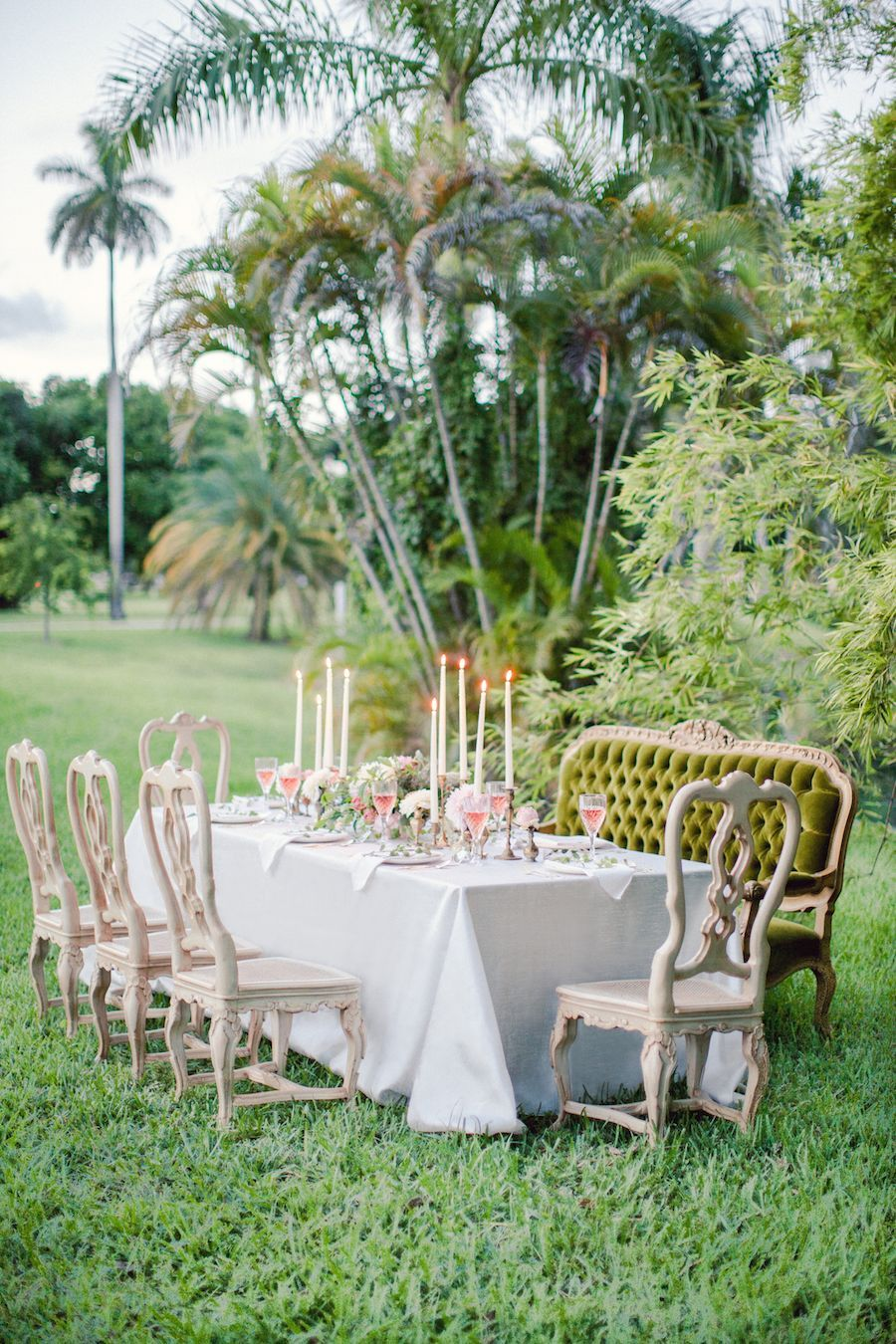 17-lush-green-garden-wedding