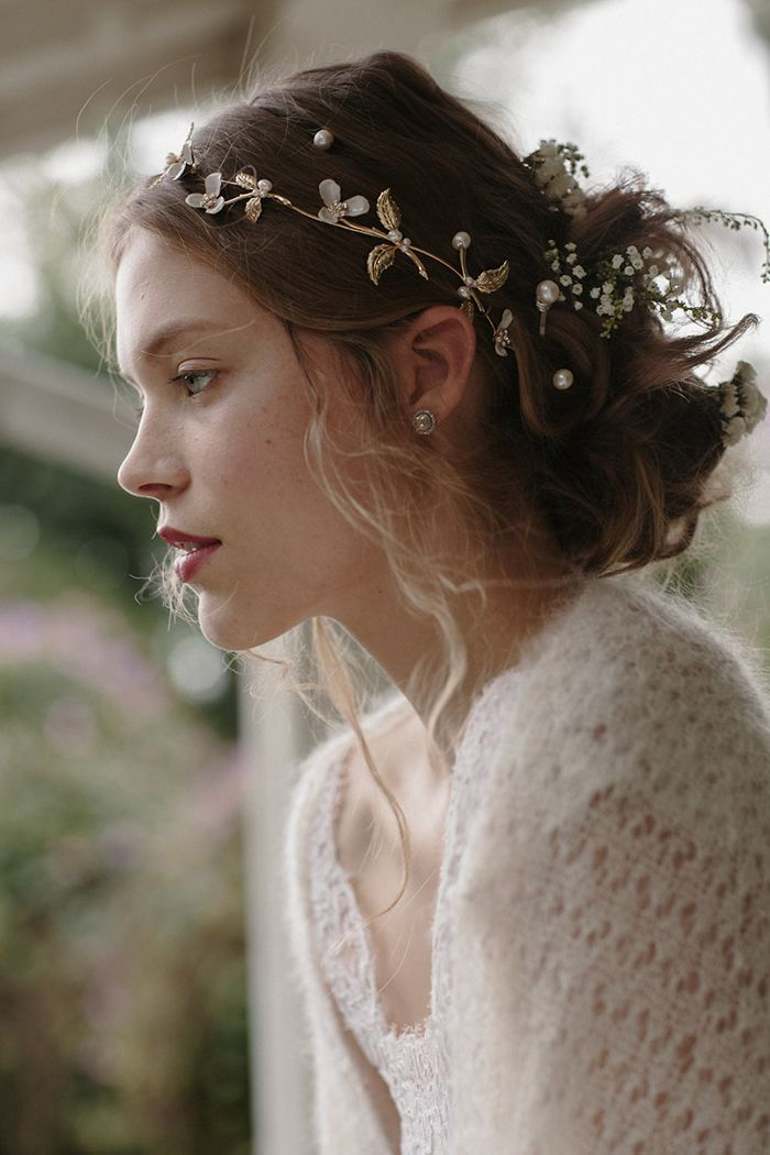 Romantic Bridal Hair Piece Trends Wedding Ideas