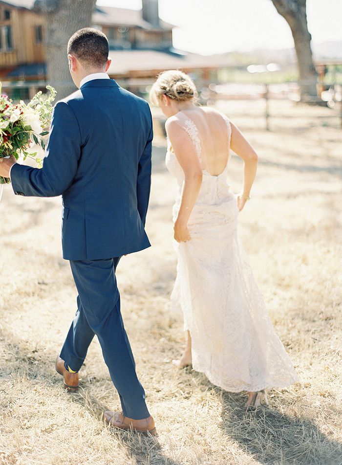 14-spring-outdoor-vineyard-wedding