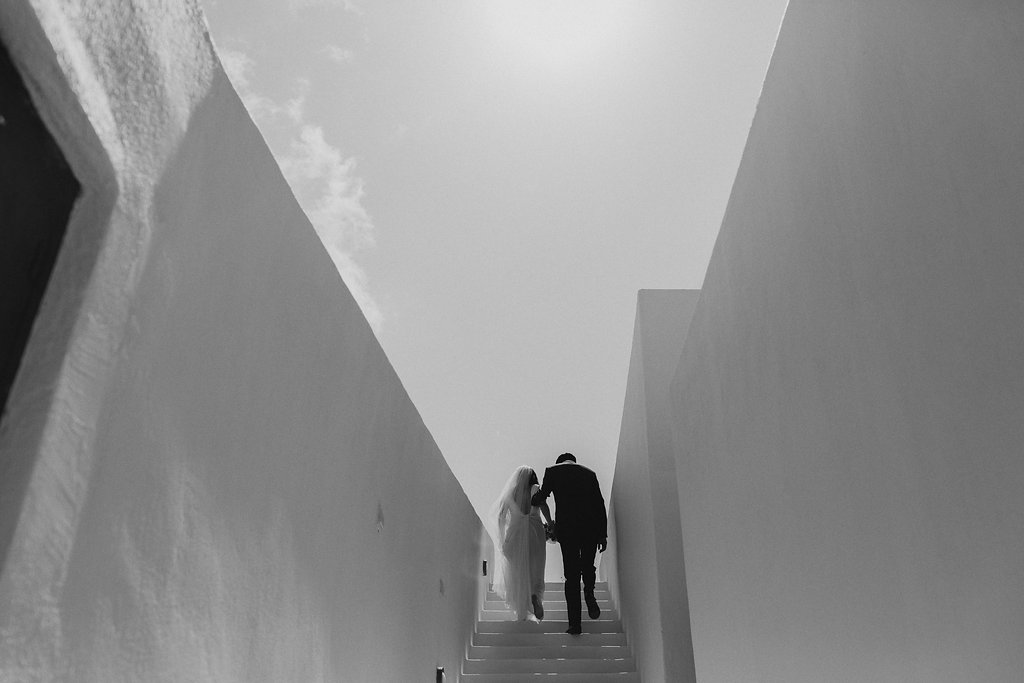 18-elegant-modern-greece-wedding