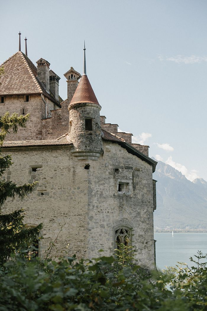 28-switzerland-castle