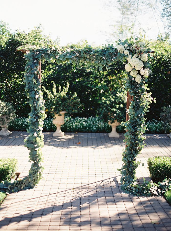 7-elegant-garden-wine-country-wedding