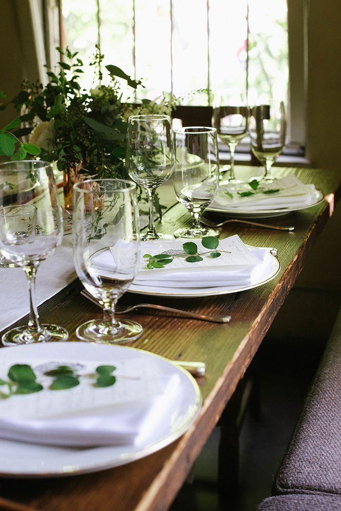 9-white-green-organic-wedding-reception