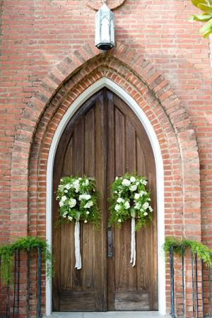 Church-Door-Wreaths-green-white