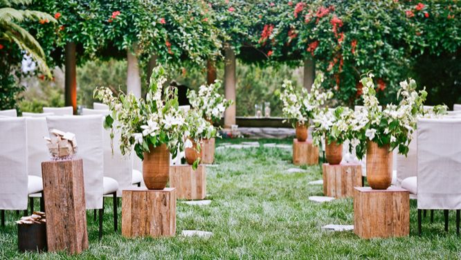 urn-aisle-marker-wedding-ceremony-decorations