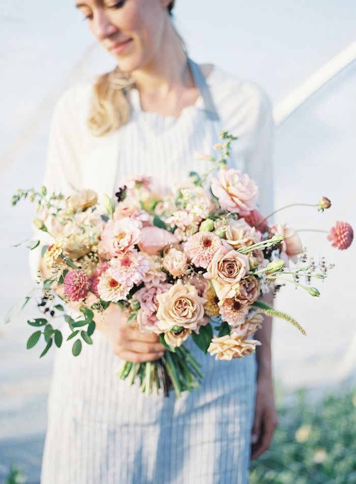 1-spring-blush-wedding-bouquet