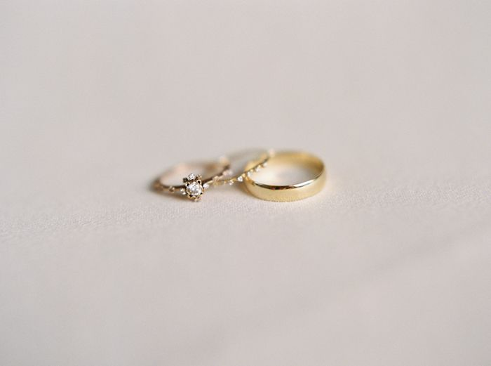 10-delicate-gold-wedding-jewelry