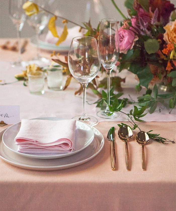 11-bold-peach-wedding-inspiration