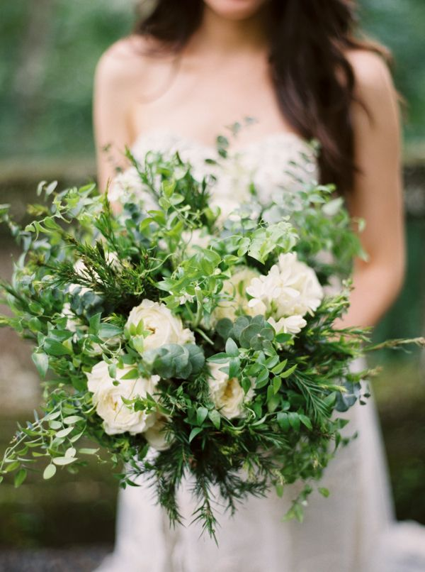 12-green-white-destination-wedding