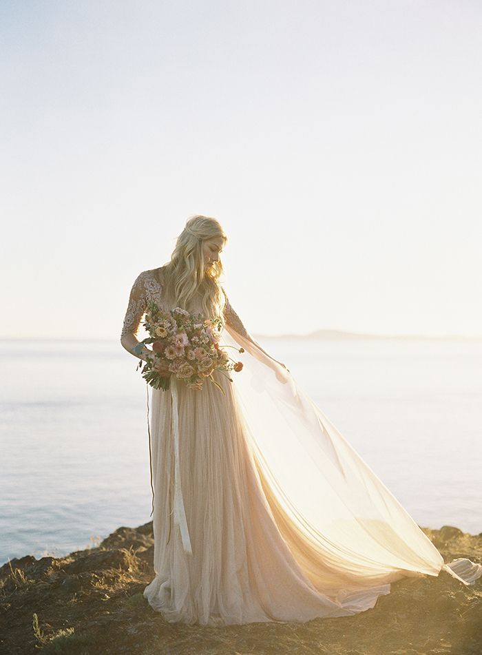 12-romantic-sunset-wedding-ideas