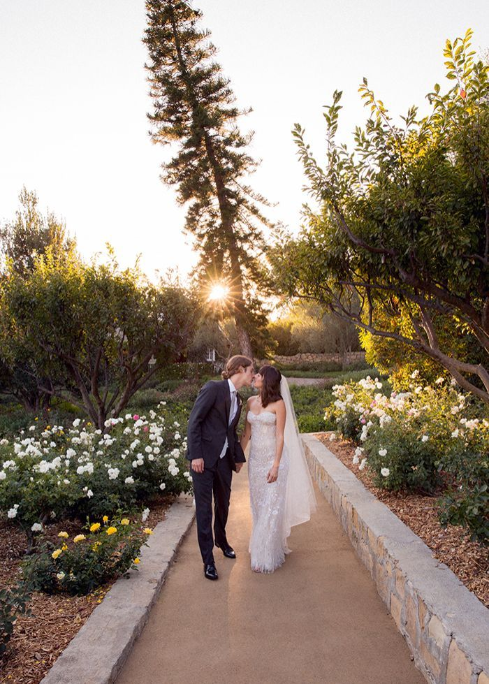 13-intimate-outdoor-california-wedding