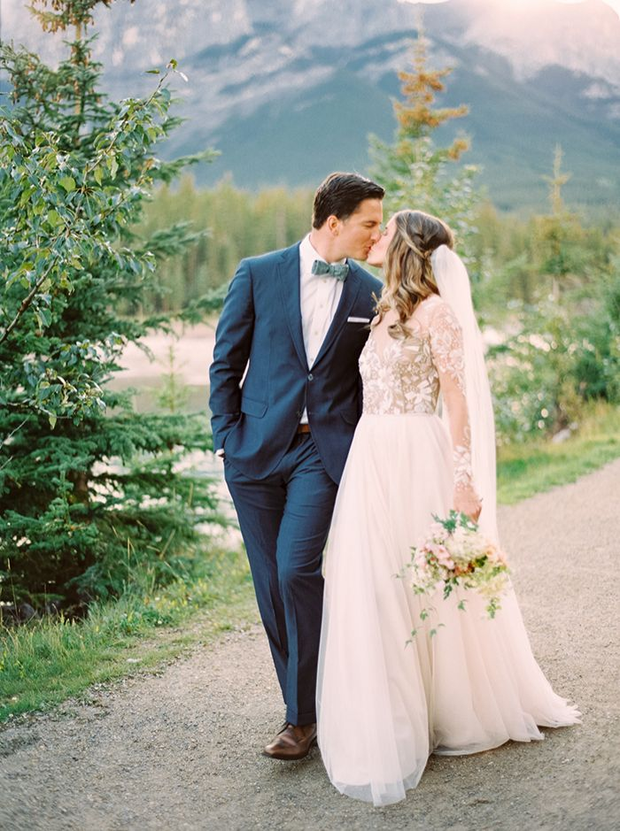 15-elegant-mountainside-wedding