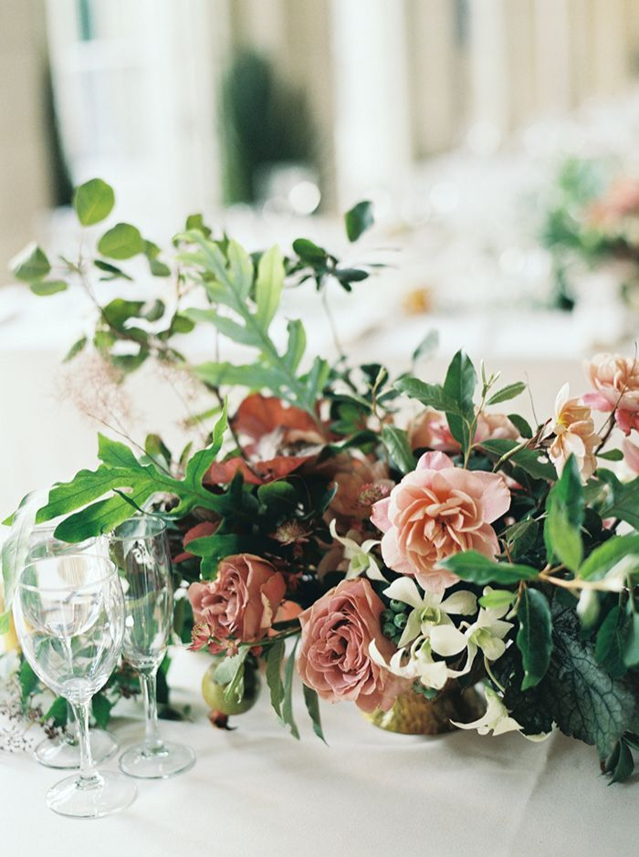 25-pink-green-elegant-centerpiece