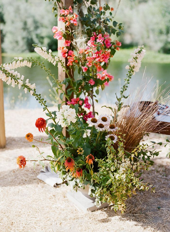 4-pink-green-wildflower-wedding