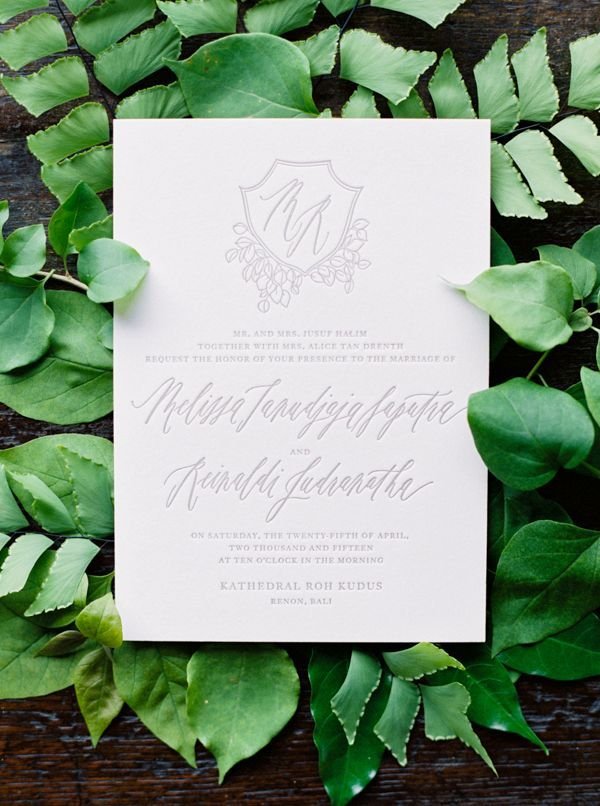 6-green-grey-white-wedding