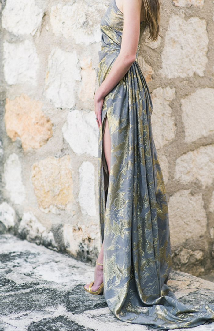 7-2-glam-blue-gold-bridesmaid-gown