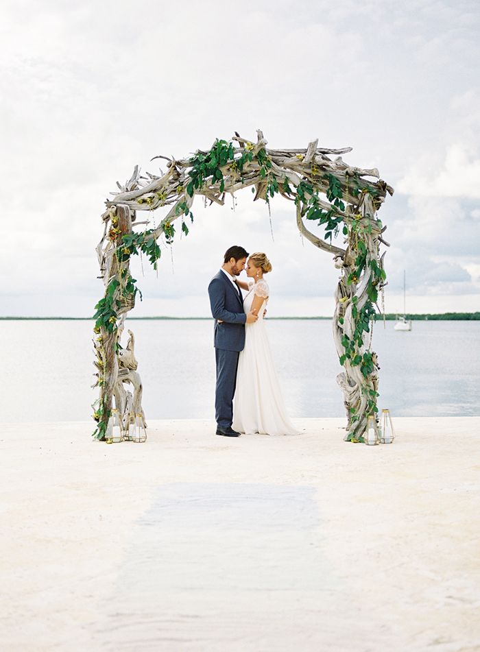 1-unique-beach-wedding-ideas