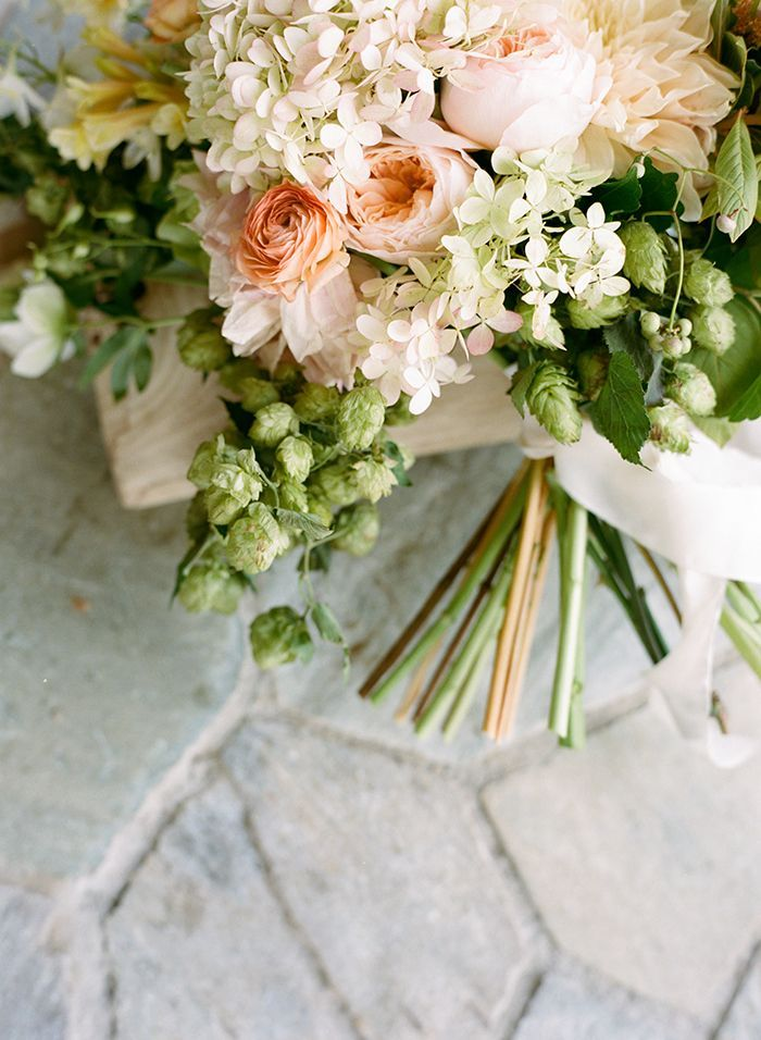 10-lush-green-pink-wedding-inspiration