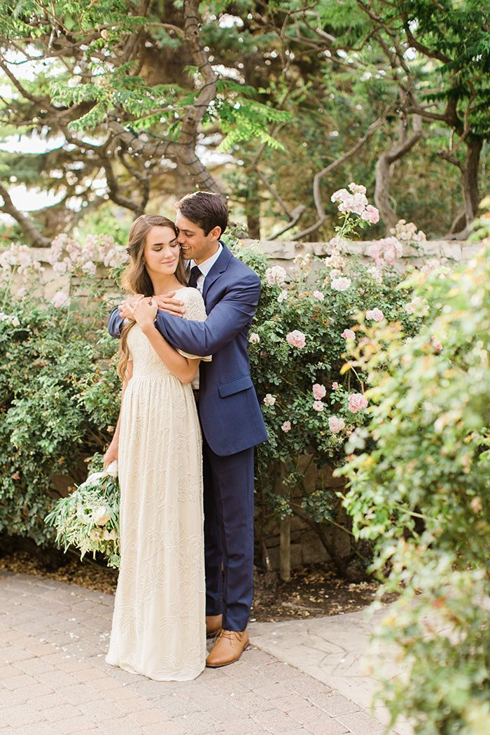 Simple and elegant outdoor wedding reception once wed for Simple wedding dress for outdoor wedding