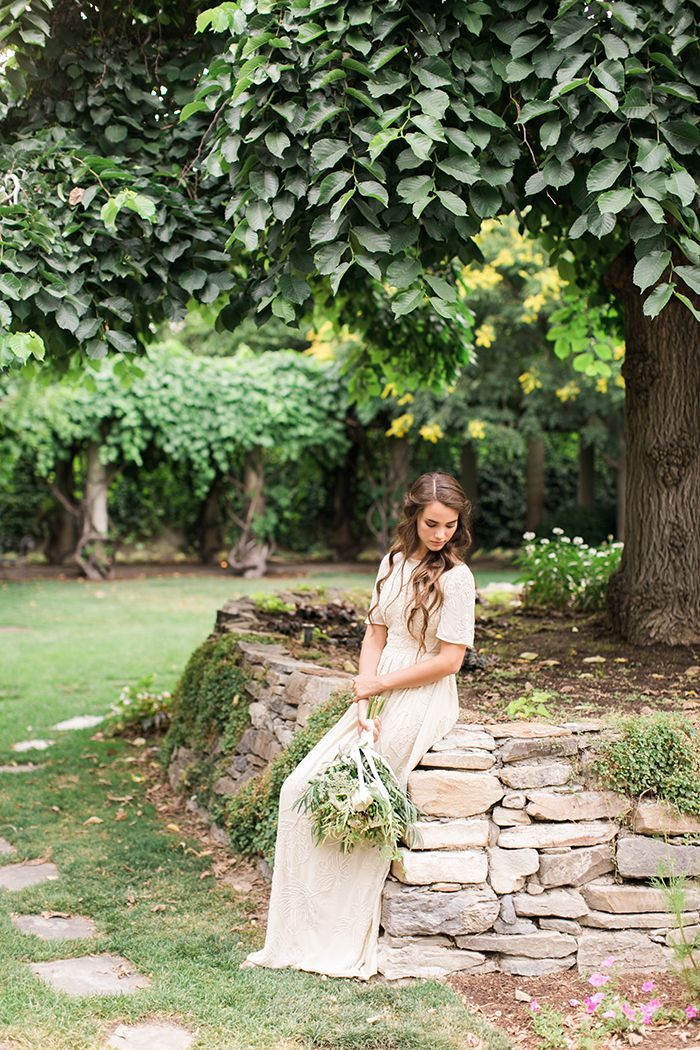 2-simple-garden-wedding-inspiration