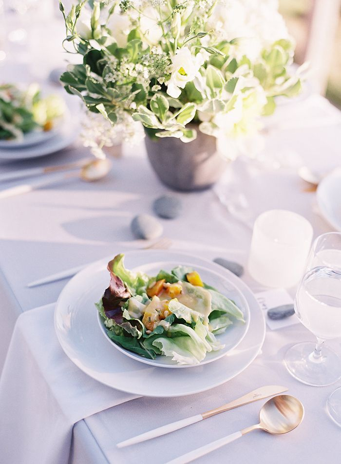 21-casual-big-sur-wedding-reception