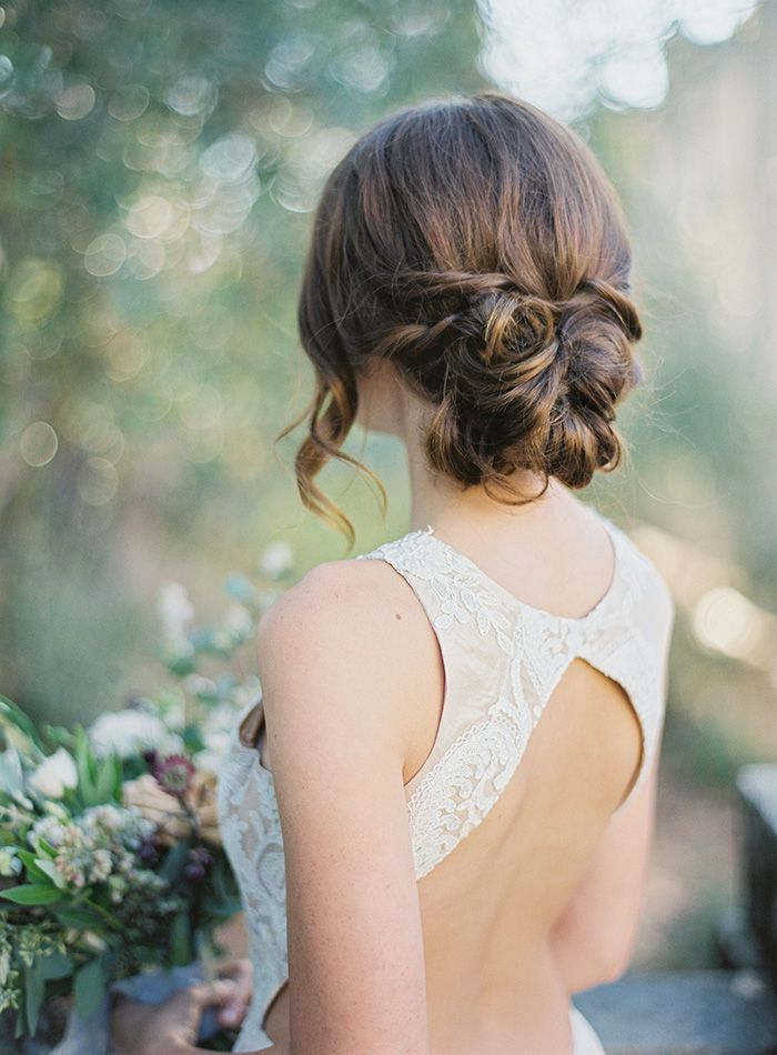 7-romantic-wedding-updo-hairstyle