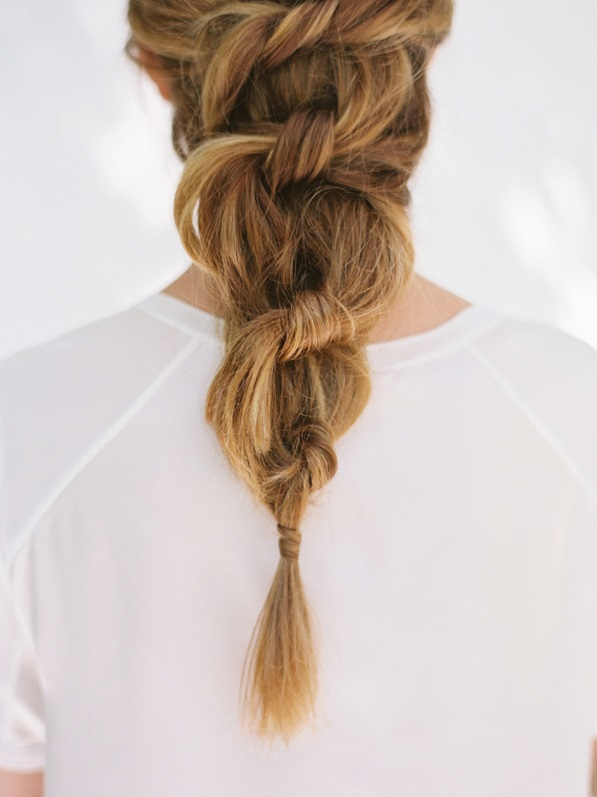 11-diy-knotted-pony-hairstyle