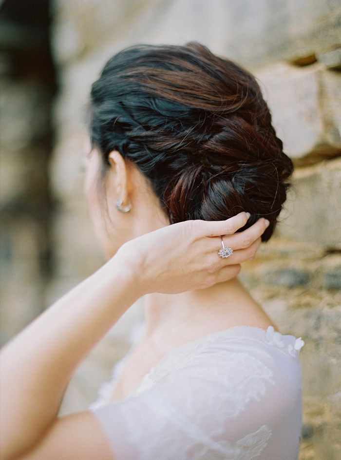 11-elegant-simple-wedding-hairstyles
