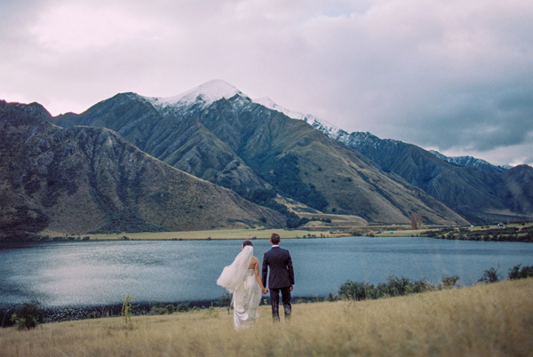 NEW ZEALAND: Intimate Outdoor Wedding | This couple was married in Queenstown at a chapel overlooking the breathtaking Lake Wakatipu.