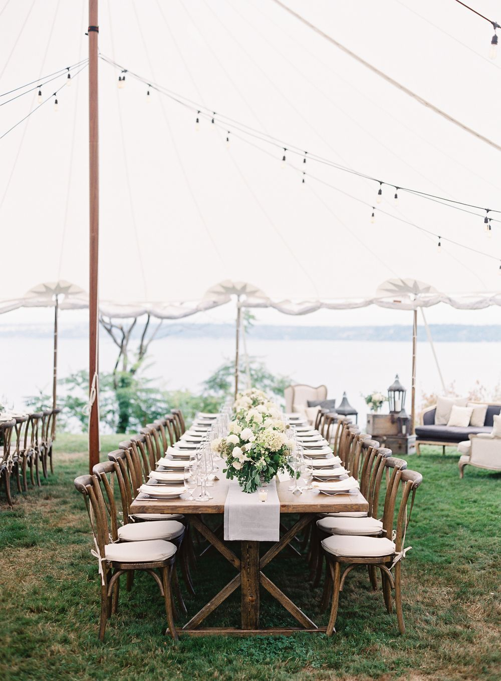 13-outdoor-wedding-reception-decor