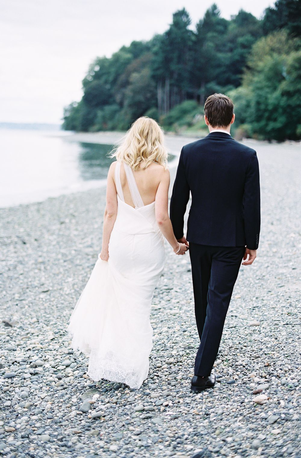 17-romantic-beach-wedding-inspiration