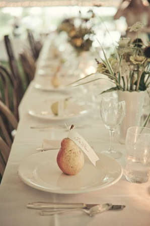 18-fruit-wedding-placecard-ideas
