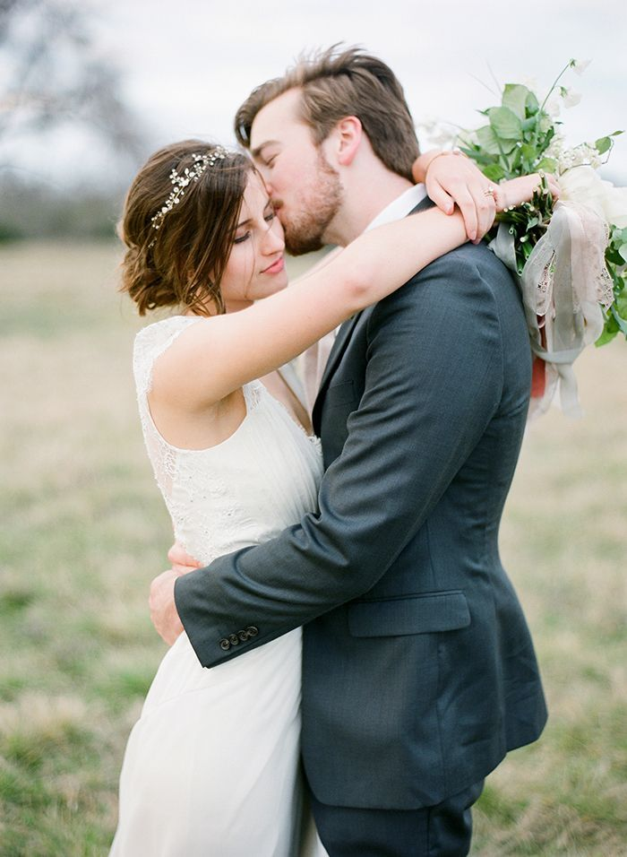 80ecf23f39a2d Elegant Winter Wedding in Texas - Once Wed