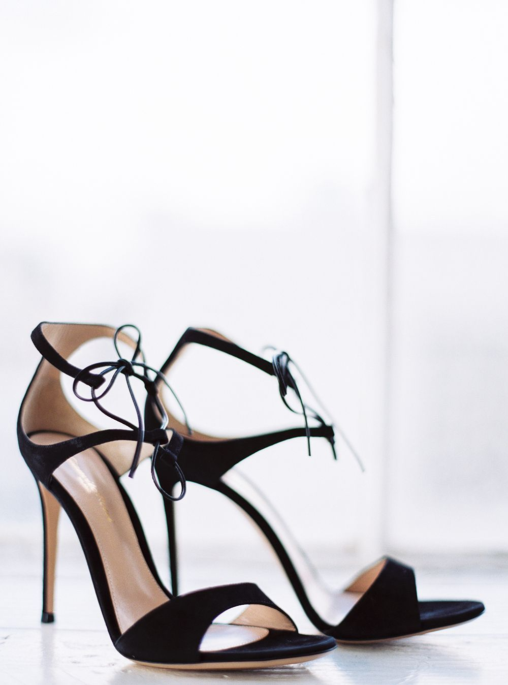 20-black-strappy-wedding-shoes