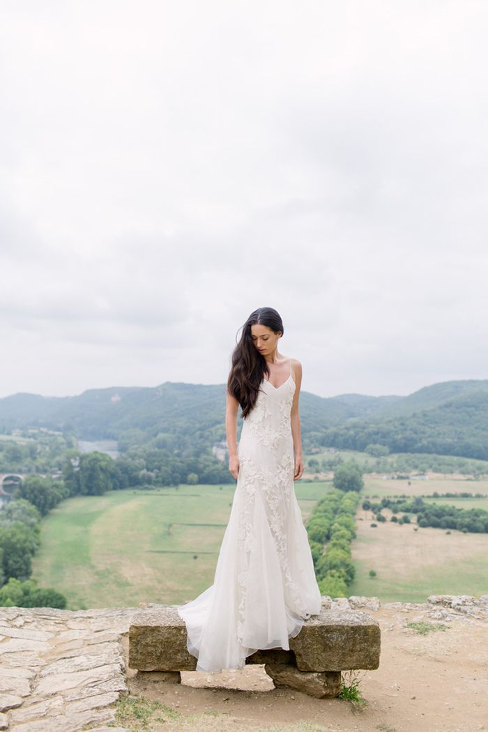 FRANCE: Romantic Destination Affair | A chateau set in the peaceful French countryside was the perfect backdrop for this couple's intimate celebration.