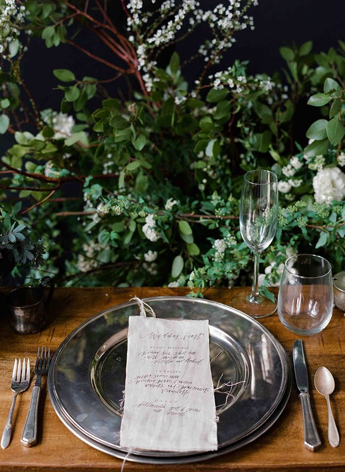 5-natural-calligraphy-table-setting