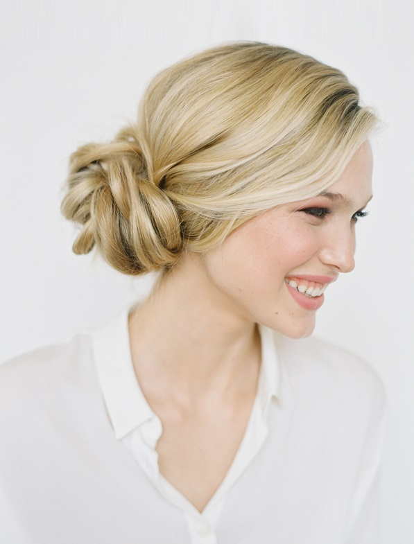 6-knotted-bun-wedding-hairstyles
